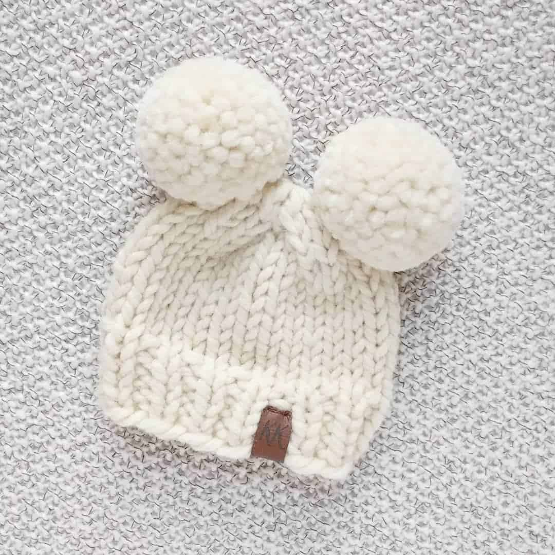 How to knit a double pom pom hat ce5c6937396